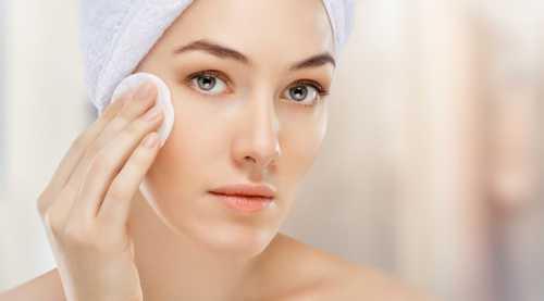 Как правильно смывать макияж с лица, глаз