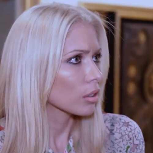 Жена Руссо обвинила певца в тирании