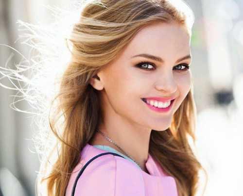 Елена Кулецкая теряет волосы после родов